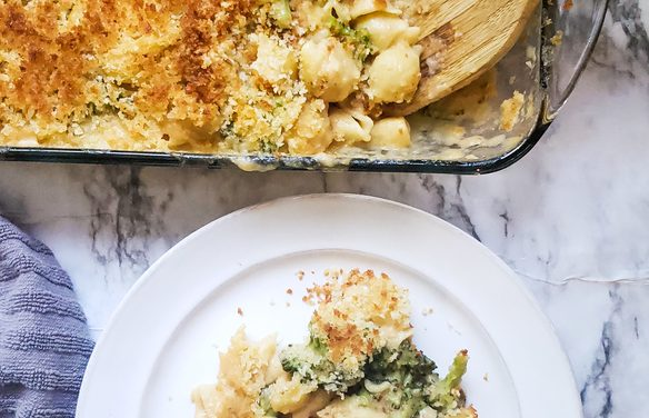 Mac 'N' Cheese Broccoli Casserole
